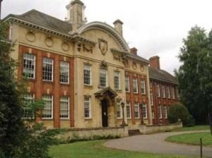 trường làm bằng đại học Northampton