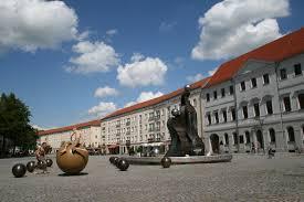 trường làm bằng đại học Sigmund Freud University
